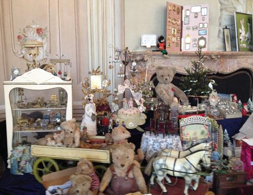 Puppentraumwelt mit Bären und Accessoires der Spitzenklasse