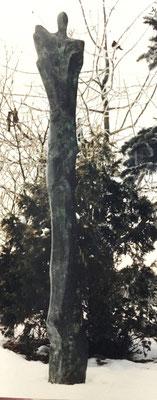 Stehende Bronze 205 cm