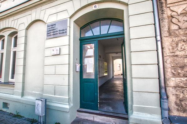 Durchgang zu Lutherplatz 1 über Zaschendorfer Straße 6