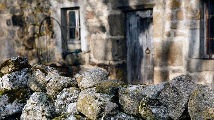 Le muret et la maison, Aubrac