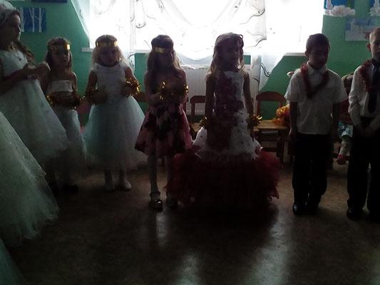 Привітання від першокласників з днем Святого Миколая!