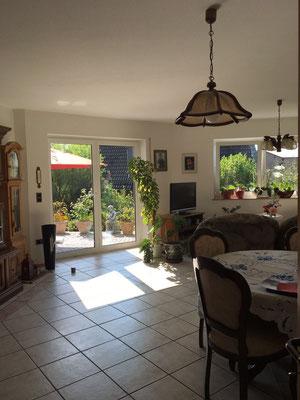 Blick ins Wohnzimmer Ihrer Ferienwohnung in der Villa Chopin.