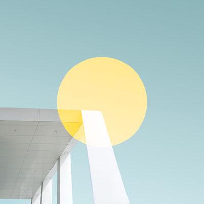 回転 Rotate【simone-hutsch-384848-unsplash】 2018