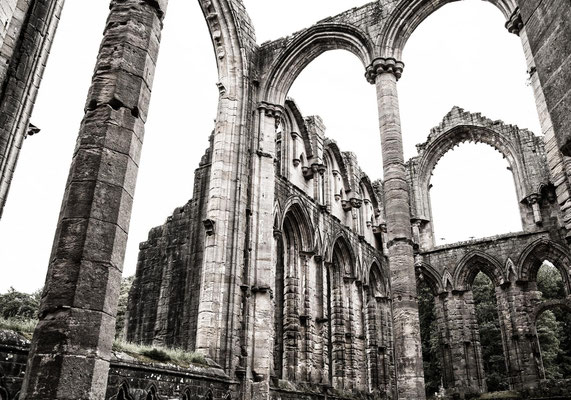 Kirsten: Fountains Abbey