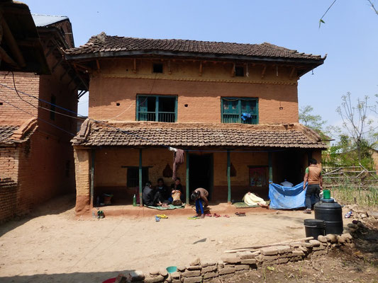 Vor dem Erdbeben. Wohnhaus in Sunakothi, Kathmandu-Tal