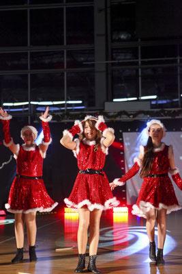Tanzgruppe auf Wettkampfveranstaltung, Fotograf: Tom Wenig