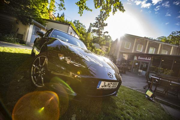 Werbefotograf für Mazda im Restaurant Bauersfeld Jena, Fotograf: Tom Wenig