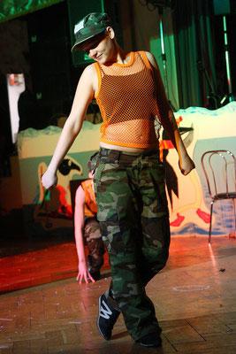 Veranstaltungsfotograf beim Fasching nahe Jena, Eventfoto zeigt Tänzerin