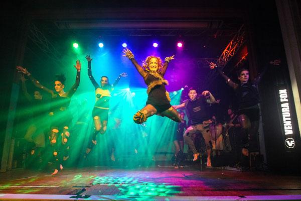 Sportfotograf für Tanzgruppe auf Veranstaltung in Jena, Fotograf: Tom Wenig