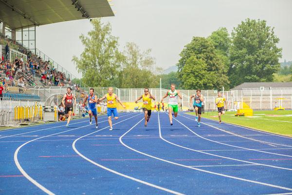 Sportfotograf bei der Leichtathletik, Foto zeigt Sportler beim Sprint Jena, Fotograf: Tom Wenig
