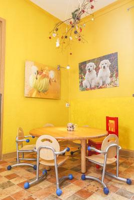 Essbereich einer Kindergartenimmobilie, Fotograf: Tom Wenig