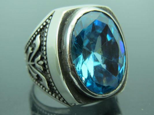 кольцо печатка из серебра с аквамарином