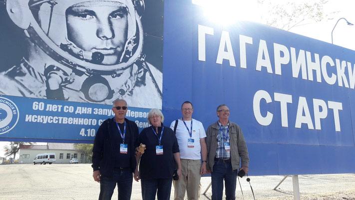 Baikonur_ Besichtigung des leeren Startplatzes nach dem Abflug