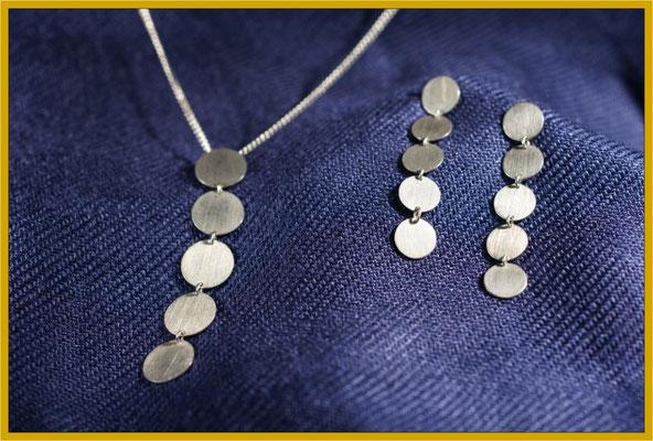 Anhänger und Ohrhänger in Silber