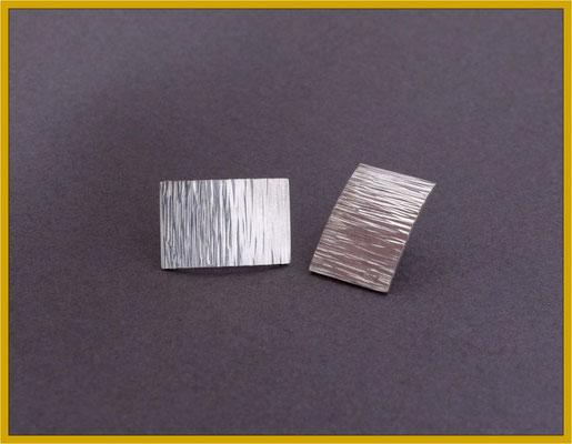 Silber-Ohrstecker mit Schmiedestruktur €50,-