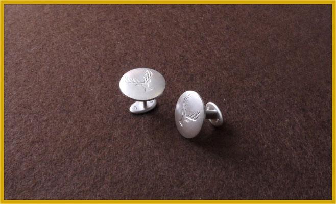 Manschettenknöpfe aus Silber für den Bräutigam