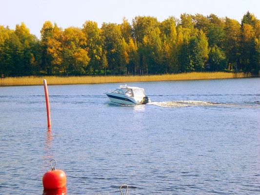 Kommen Sie mit Ihrem Boot und übernachten Sie in unsere Mökki  ;-)
