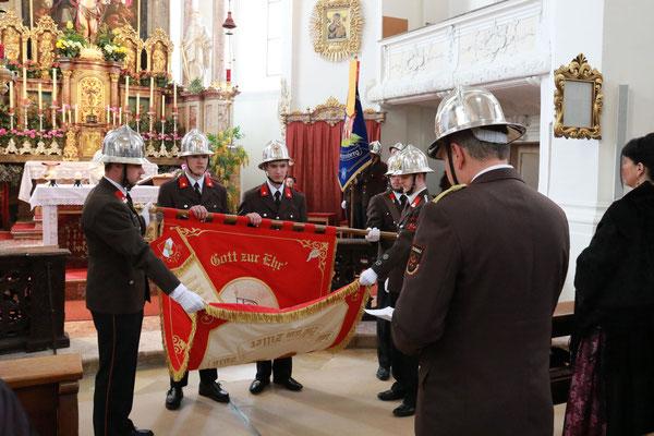 Angelobung der neuen Feuerwehrmänner