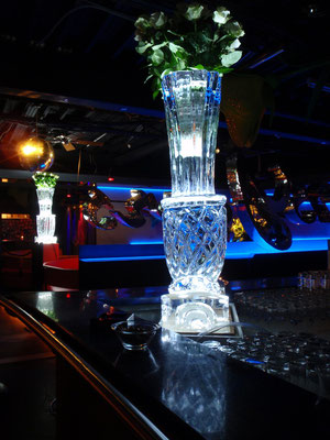 Vases for a club in Zurich