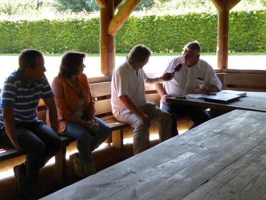 Die ersten Interviews und Programmbespechungen mit den Moderatoren des SWR4