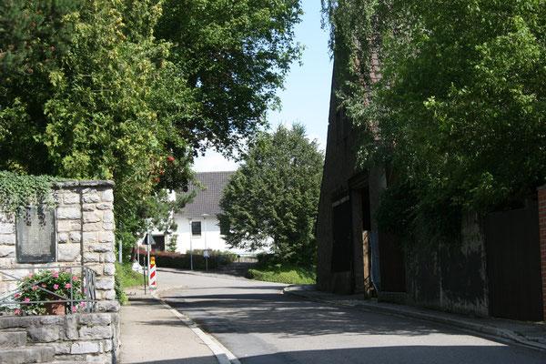 Kraichgaustrasse beim alten Friedhof 2009