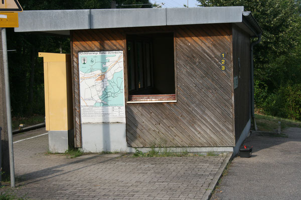 Wandertafel am Bahnhof 2009