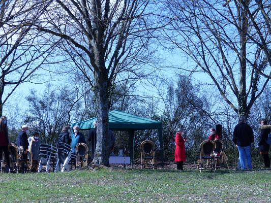 Gottesdienst Ostersonntag auf dem Friedhof