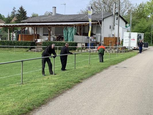 02.05.  Demontage des Geländers  Bild FK