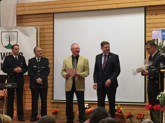 Gerhard Rinderspacher wird zum Ehrenmitglied ernannt