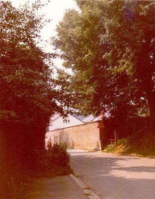 Alte Friedhofsmauer  (vor 1978)