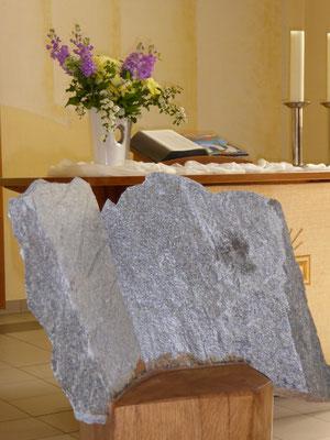 Die 10 Gebote in der Christuskirche von Klaus Eißler