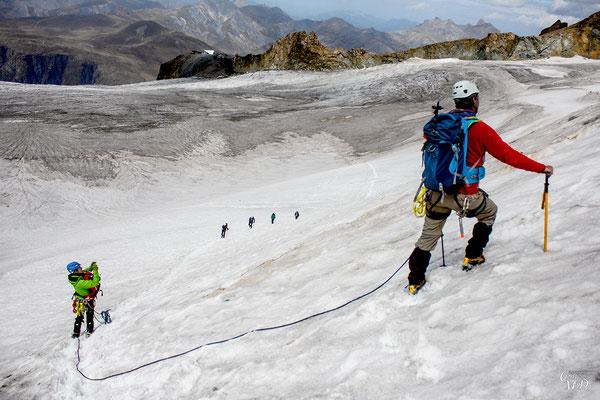 Ici, ailleurs, glacier de la Girose, 3450m.