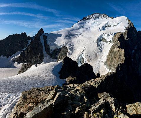 La barre des Ecrins depuis Roche Forio 3700m