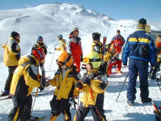 Skischule für die Kleinen.
