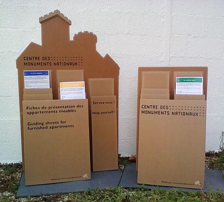 """Présentoirs en carton pour le Château de Castelnau (Cf. """"Sur mesure"""")"""