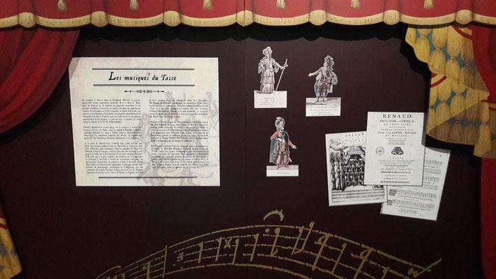 1er ét. suite - Panneau Opéra détail des adhésifs