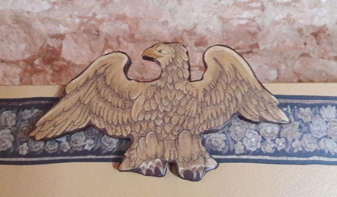 2ème ét. - Motif peint sur carton et collé en relief