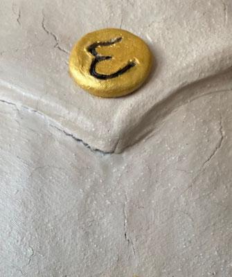 Dragon, carton et papier mâché