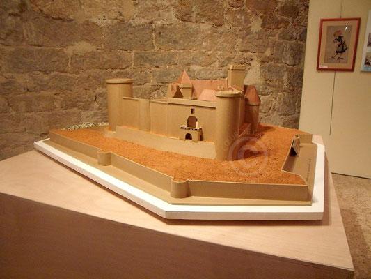 """Maquette en carton du château de Castelnau à Prudhomat (Cf. """"Sur mesure"""")"""