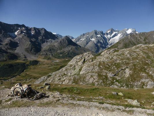 Wunderschöne Bergwelt in dieser Gegend