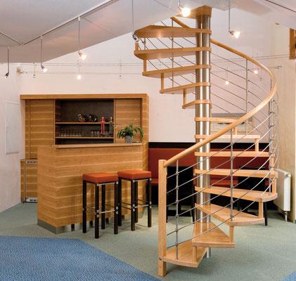 Spindeltreppen - dekorativ - Bucher Treppen