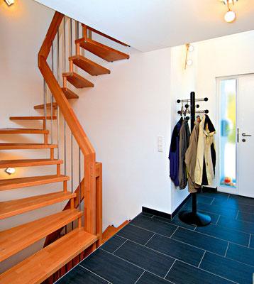 VIVA - das klassische Treppenmodell - Holztreppe von Bucher Treppen