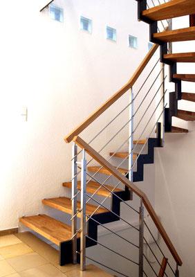 Bucher Treppen - Treppenmodell Ferro - Treppe mit Handlauf
