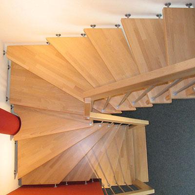 Bucher Treppenstudio Günzburg - Treppe aus Buchenholz