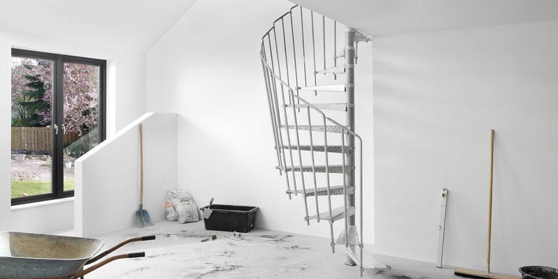 Bucher Treppen - moderne Treppenherstellung mit Präzision - Baustellentreppe aus Metall. Ansicht.