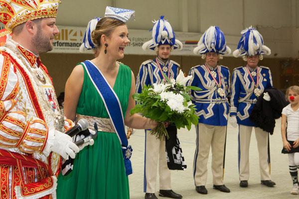 Prinz Hanno I. und Venetia Sara mit der Prinzengarde