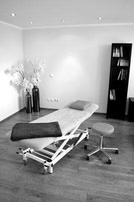 Behandlungsliege Osteopathie, www.osteopathie-lehrmann.de