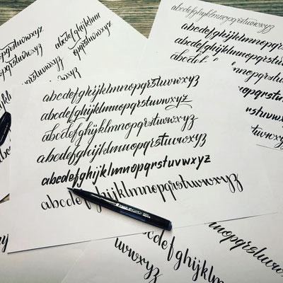 Simply-NeW-Art-Nelly-Wüthrich-Handlettering-Brushlettering-Faux-Calligraphy-Kinder-Workshop-Brienz-Thun-Gwatt-Wichtrach