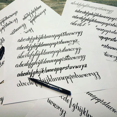 Simply-NeW-Art-Nelly-Wüthrich-Kehrli-Handlettering-Brushlettering-Faux-Calligraphy-Kinder-Workshop-Brienz-Thun-Gwatt-Wichtrach