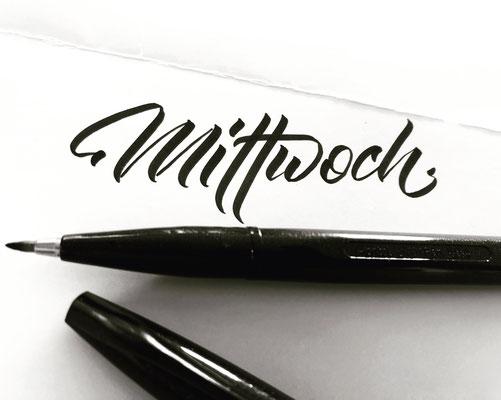 Simply-NeW-Art-Nelly-Wüthrich-Kehrli-Lettering-Brushlettering-Workshops-Kurse-Brienz-Schweiz-Bern-Mittwoch